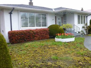 Photo 1: 3505 E 45TH Avenue in Vancouver: Killarney VE House for sale (Vancouver East)  : MLS®# R2053752