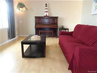 Photo 7: 64 Leicester Square in Winnipeg: St James Residential for sale (West Winnipeg)  : MLS®# 1608158