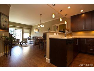 Photo 2: 206 2881 Peatt Rd in VICTORIA: La Langford Proper Condo Apartment for sale (Langford)  : MLS®# 736283