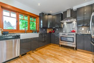 "Photo 8: 1559 E 20TH Avenue in Vancouver: Knight House for sale in ""GIBSON CLOSE"" (Vancouver East)  : MLS®# R2089733"