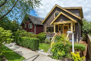 "Photo 2: 1559 E 20TH Avenue in Vancouver: Knight House for sale in ""GIBSON CLOSE"" (Vancouver East)  : MLS®# R2089733"