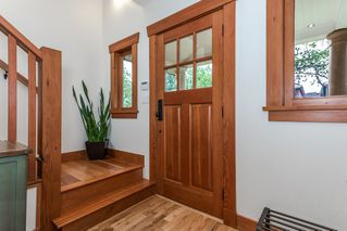 "Photo 16: 1559 E 20TH Avenue in Vancouver: Knight House for sale in ""GIBSON CLOSE"" (Vancouver East)  : MLS®# R2089733"