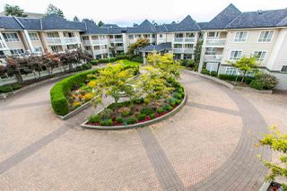 """Photo 2: 303 22022 49 Avenue in Langley: Murrayville Condo for sale in """"Murray Green"""" : MLS®# R2107458"""