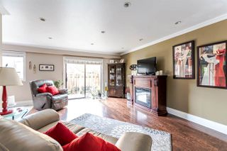 "Photo 1: 1118 PREMIER Street in North Vancouver: Lynnmour Townhouse for sale in ""Lynnmour Village"" : MLS®# R2121068"