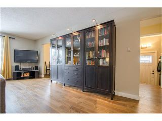 Photo 3: 5516 SILVERDALE Drive NW in Calgary: Silver Springs House for sale : MLS®# C4098908