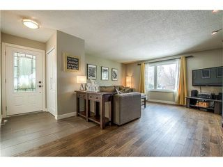 Photo 5: 5516 SILVERDALE Drive NW in Calgary: Silver Springs House for sale : MLS®# C4098908
