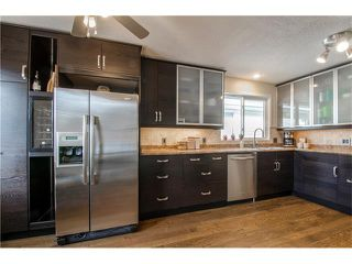 Photo 11: 5516 SILVERDALE Drive NW in Calgary: Silver Springs House for sale : MLS®# C4098908