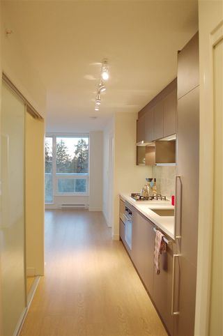 "Photo 3: 2503 13750 100 Avenue in Surrey: Whalley Condo for sale in ""Park Avenue East"" (North Surrey)  : MLS®# R2145539"