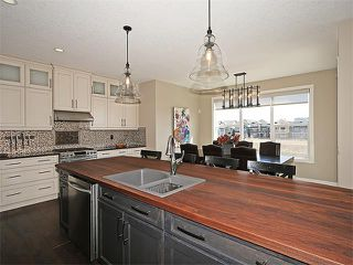 Photo 3: 169 KINGSBRIDGE Way SE: Airdrie House for sale : MLS®# C4111367