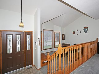 Photo 12: 359 HAWKCLIFF Way NW in Calgary: Hawkwood House for sale : MLS®# C4116388