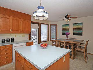 Photo 5: 359 HAWKCLIFF Way NW in Calgary: Hawkwood House for sale : MLS®# C4116388