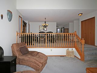 Photo 18: 359 HAWKCLIFF Way NW in Calgary: Hawkwood House for sale : MLS®# C4116388