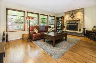 Photo 3: 5660 PTARMIGAN Place in North Vancouver: Grouse Woods House for sale : MLS®# R2165721