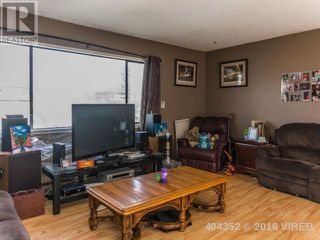 Photo 3: 483 8 Th Street in Nanaimo: House for sale : MLS®# 404352