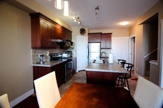 Photo 6: 202 7908 GRAHAM Avenue in Burnaby: East Burnaby Townhouse for sale (Burnaby East)  : MLS®# R2189612