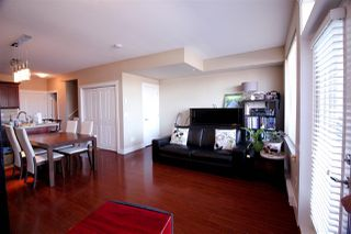 Photo 4: 202 7908 GRAHAM Avenue in Burnaby: East Burnaby Townhouse for sale (Burnaby East)  : MLS®# R2189612