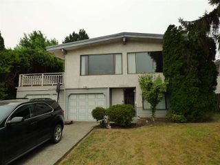 Photo 2: 45437 REECE Avenue in Chilliwack: Chilliwack N Yale-Well House for sale : MLS®# R2202995