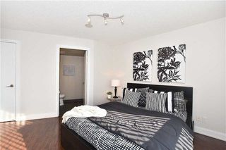 Photo 10: 1205 125 Village Green Square in Toronto: Agincourt South-Malvern West Condo for sale (Toronto E07)  : MLS®# E4048335
