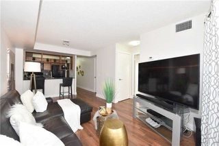 Photo 4: 1205 125 Village Green Square in Toronto: Agincourt South-Malvern West Condo for sale (Toronto E07)  : MLS®# E4048335