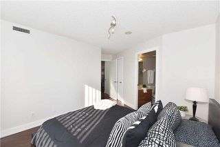 Photo 11: 1205 125 Village Green Square in Toronto: Agincourt South-Malvern West Condo for sale (Toronto E07)  : MLS®# E4048335
