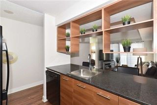 Photo 8: 1205 125 Village Green Square in Toronto: Agincourt South-Malvern West Condo for sale (Toronto E07)  : MLS®# E4048335
