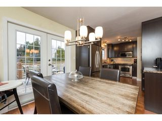 Photo 6: 15721 RUSSELL Avenue: White Rock House for sale (South Surrey White Rock)  : MLS®# R2246599