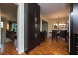 Photo 10: 15721 RUSSELL Avenue: White Rock House for sale (South Surrey White Rock)  : MLS®# R2246599