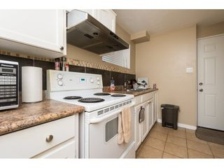Photo 17: 15721 RUSSELL Avenue: White Rock House for sale (South Surrey White Rock)  : MLS®# R2246599