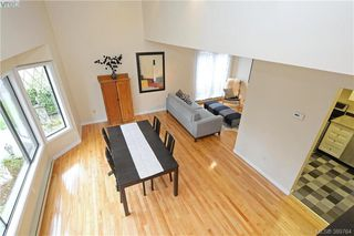 Photo 3: 1 1464 Fort St in VICTORIA: Vi Fernwood Row/Townhouse for sale (Victoria)  : MLS®# 783253
