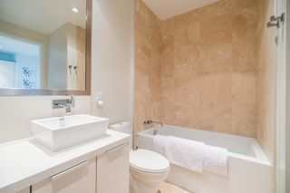 "Photo 13: 511 1633 ONTARIO Street in Vancouver: False Creek Condo for sale in ""KAYAK"" (Vancouver West)  : MLS®# R2257979"