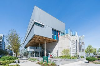 "Photo 19: 511 1633 ONTARIO Street in Vancouver: False Creek Condo for sale in ""KAYAK"" (Vancouver West)  : MLS®# R2257979"