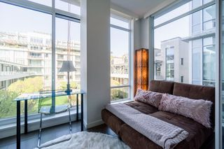 "Photo 16: 511 1633 ONTARIO Street in Vancouver: False Creek Condo for sale in ""KAYAK"" (Vancouver West)  : MLS®# R2257979"