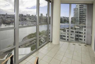 Photo 12: 1502 1228 MARINASIDE CRESCENT in Vancouver: Yaletown Condo for sale (Vancouver West)  : MLS®# R2255871