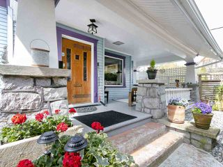 Photo 1: 4611 ST. CATHERINES Street in Vancouver: Fraser VE House for sale (Vancouver East)  : MLS®# R2260045