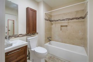 Photo 16: CLAIREMONT Townhome for sale : 3 bedrooms : 5528 Caminito Katerina in San Diego