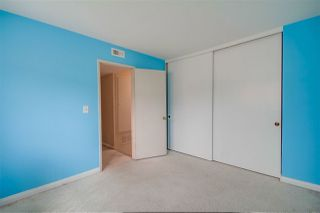 Photo 20: CLAIREMONT Townhome for sale : 3 bedrooms : 5528 Caminito Katerina in San Diego