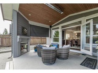 Photo 2: 16141 27B Avenue in Surrey: Grandview Surrey House for sale (South Surrey White Rock)  : MLS®# R2269996