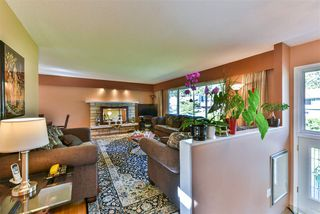 Photo 2: 2793 WILLIAM Avenue in North Vancouver: Lynn Valley House for sale : MLS®# R2271534