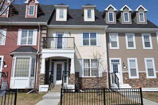 Main Photo: 9804 105 Avenue: Morinville Attached Home for sale : MLS®# E4112634