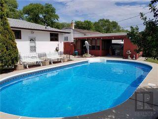Photo 2: 530 Edison Avenue in Winnipeg: North Kildonan Residential for sale (3F)  : MLS®# 1820070