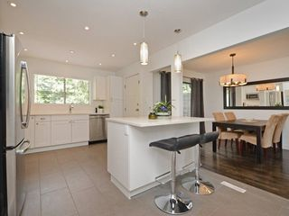 Photo 6: 1979 WADDELL Avenue in Port Coquitlam: Lower Mary Hill House for sale : MLS®# R2301376