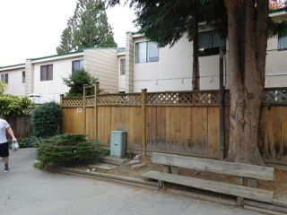"""Photo 5: 94 10505 153 Street in Surrey: Guildford Townhouse for sale in """"Guildford Mews"""" (North Surrey)  : MLS®# R2317019"""