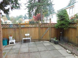 """Photo 6: 94 10505 153 Street in Surrey: Guildford Townhouse for sale in """"Guildford Mews"""" (North Surrey)  : MLS®# R2317019"""
