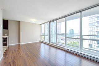 "Photo 4: 1810 9981 WHALLEY Boulevard in Surrey: Whalley Condo for sale in ""Park Ave"" (North Surrey)  : MLS®# R2322900"