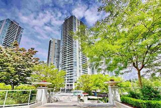 "Photo 1: 1810 9981 WHALLEY Boulevard in Surrey: Whalley Condo for sale in ""Park Ave"" (North Surrey)  : MLS®# R2322900"