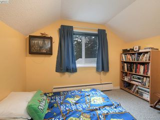 Photo 15: 415 Terrahue Road in VICTORIA: Co Wishart South Single Family Detached for sale (Colwood)  : MLS®# 404223
