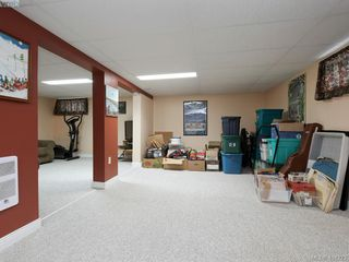 Photo 16: 415 Terrahue Road in VICTORIA: Co Wishart South Single Family Detached for sale (Colwood)  : MLS®# 404223