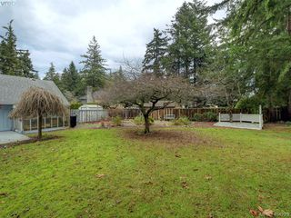 Photo 18: 415 Terrahue Road in VICTORIA: Co Wishart South Single Family Detached for sale (Colwood)  : MLS®# 404223