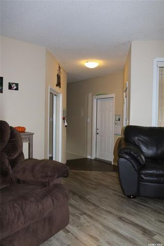Photo 14: 104 2nd Avenue Southeast in Swift Current: South East SC Residential for sale : MLS®# SK755777