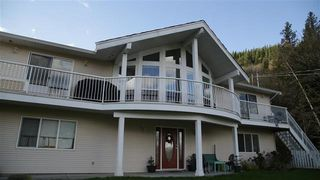 Main Photo: 37161 GLEN-NEISH Road in Abbotsford: Sumas Mountain House for sale : MLS®# R2335660
